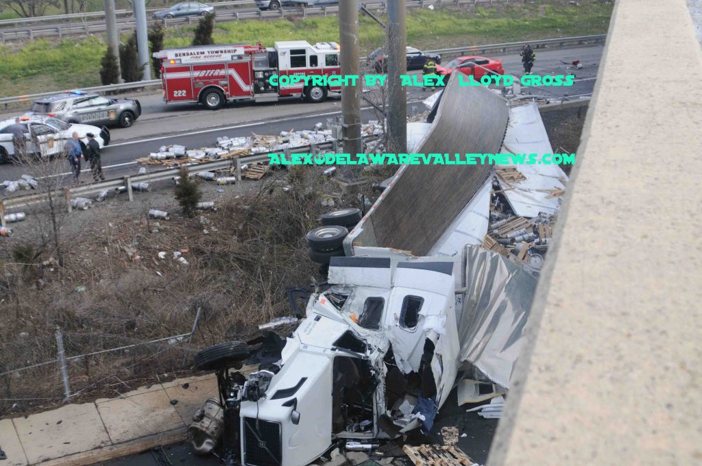 Truck flips off exit ramp onto Interstate 95  | Delaware Valley News